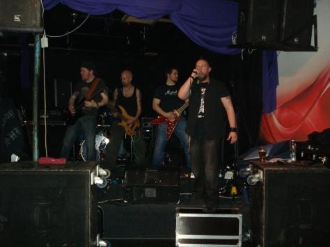 Black Svan blast heavy metal goodness into Boggers Bar \m/