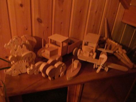 Adorable wooden figures our host makes for a hobby!