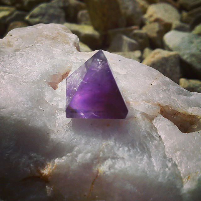 Mini amethyst pyramid- the Composer's stone- the Artist's stone- the Soul Stone.